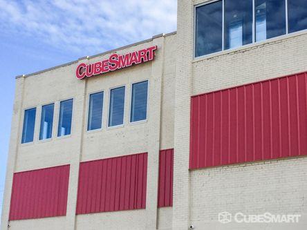 CubeSmart Self Storage - Lansing - 506 Hosmer Street 506 S Hosmer St Lansing, MI - Photo 0