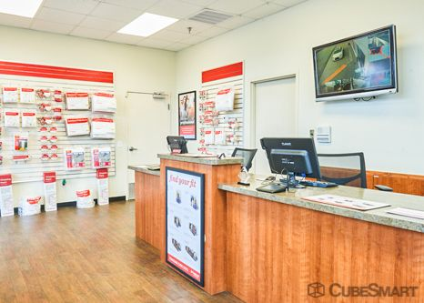 CubeSmart Self Storage - Spartanburg - 240 Cedar Springs Rd 240 Cedar Springs Rd Spartanburg, SC - Photo 4