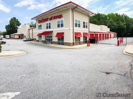 CubeSmart Self Storage - Greenville - 450 Haywood Rd 450 Haywood Rd Greenville, SC - Photo 0