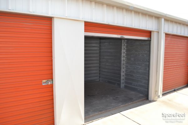 Paradise Mini Storage - Glendale - 5913 W Paradise Ln 5913 W Paradise Ln Glendale, AZ - Photo 9