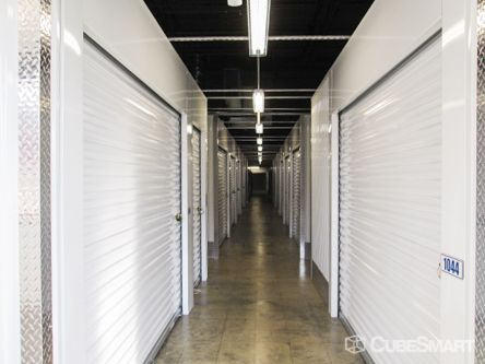CubeSmart Self Storage - Chattanooga - 816 Mountain Creek Rd 816 Mountain Creek Rd Chattanooga, TN - Photo 2