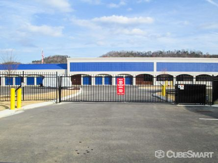 CubeSmart Self Storage - Chattanooga - 816 Mountain Creek Rd 816 Mountain Creek Rd Chattanooga, TN - Photo 9