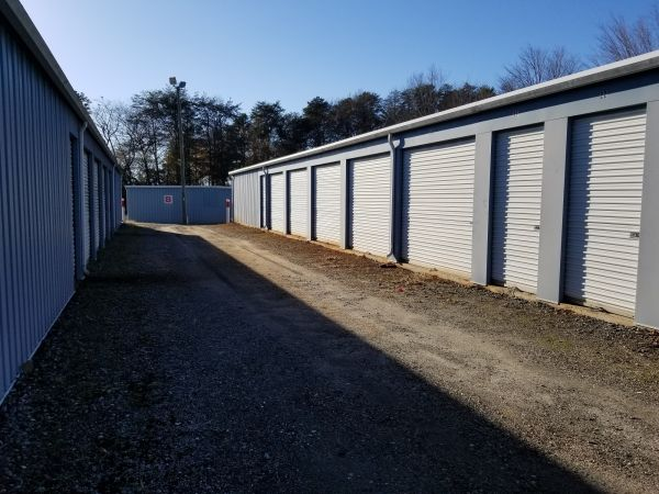 Eagle Guard Self-Storage - Lake Bowen 8991 South Carolina 9 Inman, SC - Photo 5