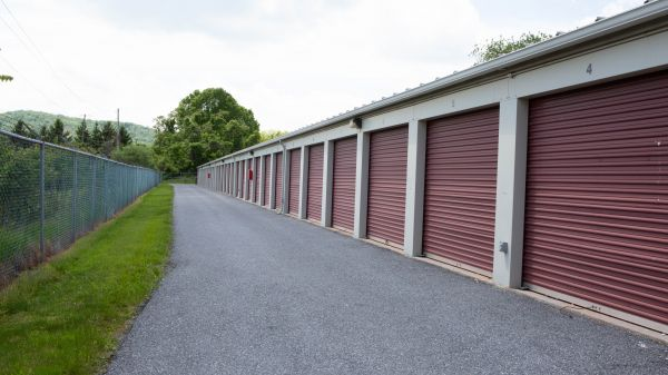 Susquehanna Valley Self Storage 625 Lowther Road Lewisberry, PA - Photo 2