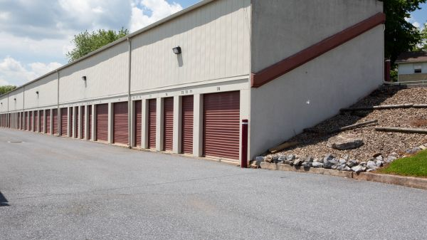 Susquehanna Valley Self Storage 625 Lowther Road Lewisberry, PA - Photo 4