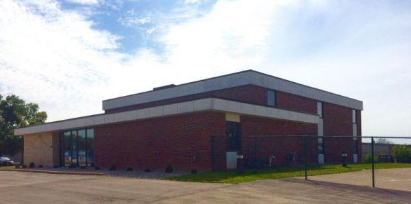 Big Blue Storage - N Lynndale Dr. 555 North Lynndale Drive Appleton, WI - Photo 3