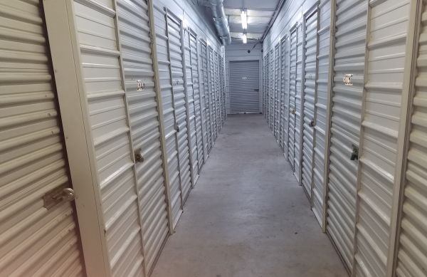 Top Value Storage - 1003 N 38th St. 1003 North 38th Street Killeen, TX - Photo 4