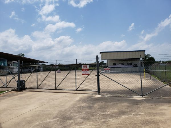 Top Value Storage - 1174 S. Amy Lane 1174 South Amy Lane Harker Heights, TX - Photo 2