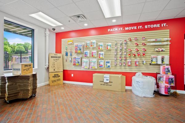 US Storage Centers - Nashville - 6346 Nolensville Pike 6346 Nolensville Pike Nashville, TN - Photo 7