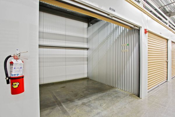 US Storage Centers - Brentwood - 7102 Bakers Bridge Avenue 7102 Bakers Bridge Avenue Brentwood, TN - Photo 3