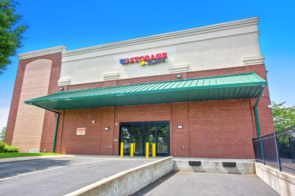 US Storage Centers - Brentwood - 7102 Bakers Bridge Avenue 7102 Bakers Bridge Avenue Brentwood, TN - Photo 8