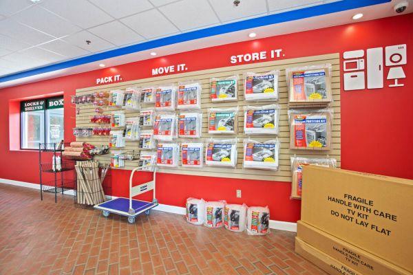 US Storage Centers - Brentwood - 7102 Bakers Bridge Avenue 7102 Bakers Bridge Avenue Brentwood, TN - Photo 10