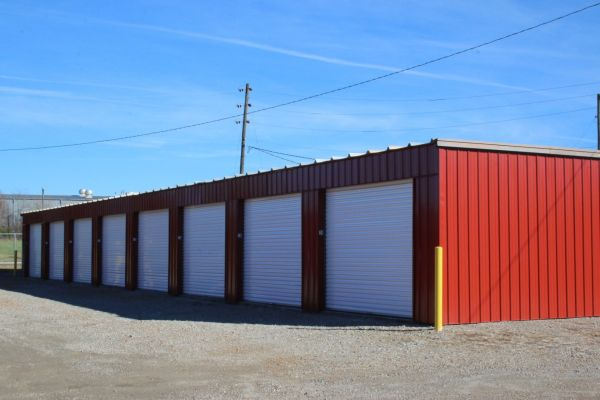 RAC-JAC Storage - Metallic Lane 401 Metallic Road Sedalia, MO - Photo 0
