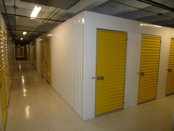 Devon Self Storage - Wabash 615 South Wabash Avenue Chicago, IL - Photo 4