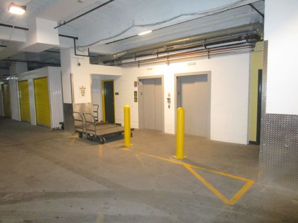 Devon Self Storage - Wabash 615 South Wabash Avenue Chicago, IL - Photo 6