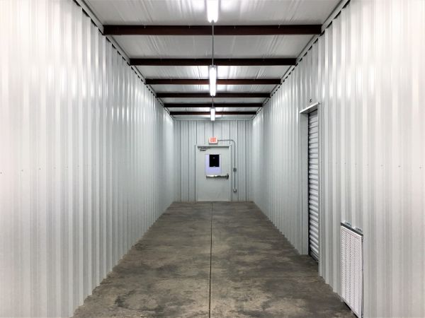... Metro Mini Storage   Chelsea14719 U.S. 280   Chelsea, AL   Photo 7 ...