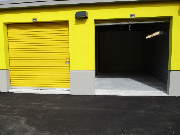 Safeguard Self Storage - Miami - Miami Shores 11455 Northwest 7th Avenue Miami, FL - Photo 3