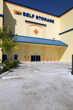 Value Store It - Hollywood 2057 Taft Street Hollywood, FL - Photo 6