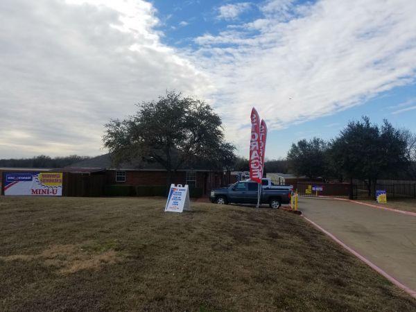 Mini U Storage - Arlington 7812 South Cooper Street Arlington, TX - Photo 3
