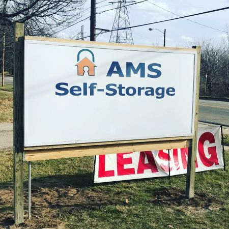 AMS Self Storage - Albion 924 Austin Avenue Albion, MI - Photo 2