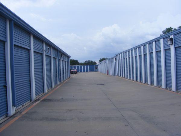 Metroplex Self Storage - Carrollton - 1838 South Josey Lane 1838 South Josey Lane Carrollton, TX - Photo 4