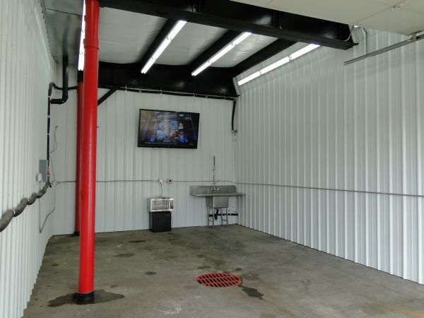 MANCAVES @ Pearson Airport Storage (Storage + Workshops) 311 East Reserve Street Vancouver, WA - Photo 4
