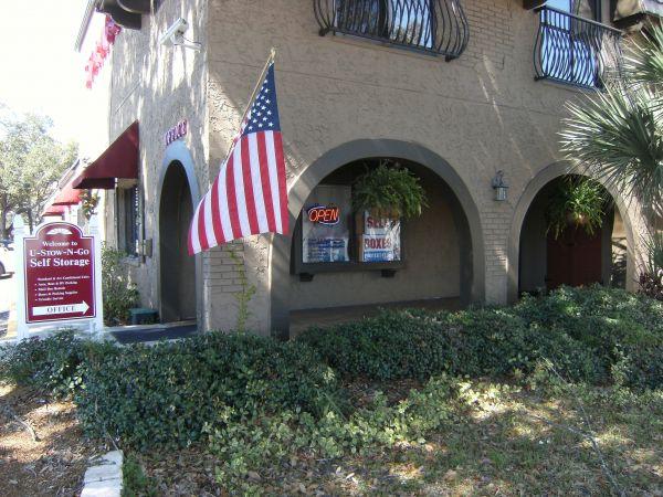 Bison Storage - 2166 Drew Street 2166 Drew Street Clearwater, FL - Photo 4
