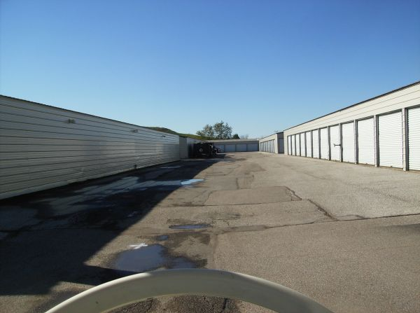 Valley Park Storage 43 Old Elam Avenue Valley Park, MO - Photo 1