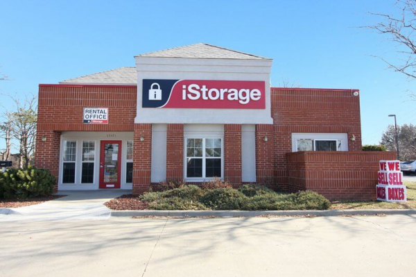 iStorage Olathe 13371 South Blackbob Road Olathe, KS - Photo 0
