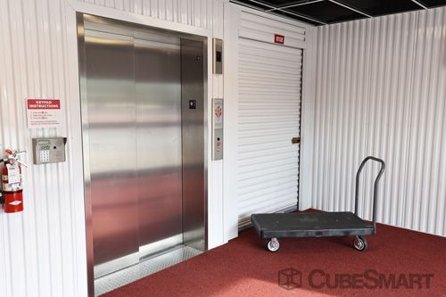 CubeSmart Self Storage - Austin - 6130 East Ben White Boulevard 6130 East Ben White Boulevard Austin, TX - Photo 6