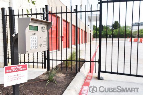 CubeSmart Self Storage - Austin - 6130 East Ben White Boulevard 6130 East Ben White Boulevard Austin, TX - Photo 8