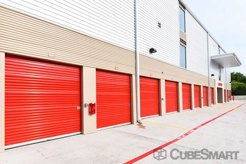 CubeSmart Self Storage - Austin - 6130 East Ben White Boulevard 6130 East Ben White Boulevard Austin, TX - Photo 9