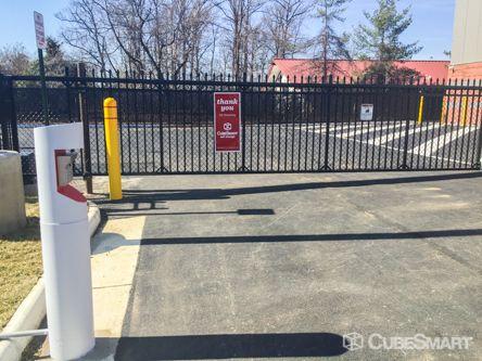 CubeSmart Self Storage - Sterling - 22125 Davis Drive 22125 Davis Drive Sterling, VA - Photo 3