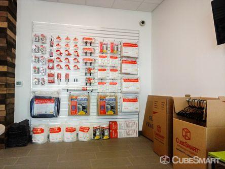 CubeSmart Self Storage - Tampa - 4310 W Gandy Blvd 4310 W Gandy Blvd Tampa, FL - Photo 10
