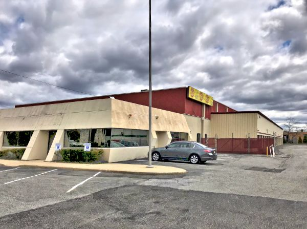 Prime Storage - Farmingdale 2091 New Highway Farmingdale, NY - Photo 4