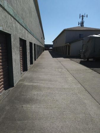Industrial Boulevard Self Storage 27911 Industrial Blvd Hayward, CA - Photo 4