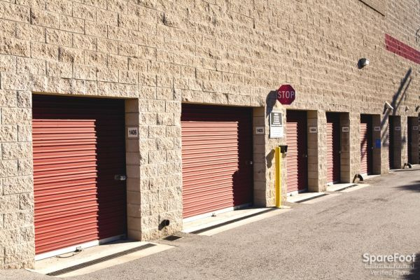 Safe Storage 14601 Sherman Way Van Nuys, CA - Photo 4