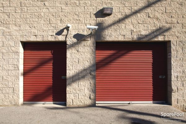 Safe Storage 14601 Sherman Way Van Nuys, CA - Photo 5