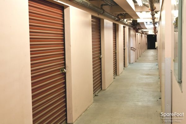 Safe Storage 14601 Sherman Way Van Nuys, CA - Photo 9