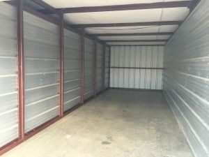 LockBox Storage - Waukee (SE Alice's Rd and Hickman Rd) 130 Southeast Brick Drive Waukee, IA - Photo 10