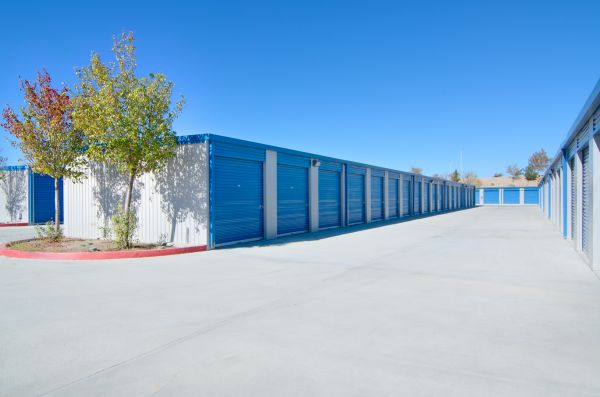 A-American Self Storage - Avenue L 141 W Avenue L Lancaster, CA - Photo 2