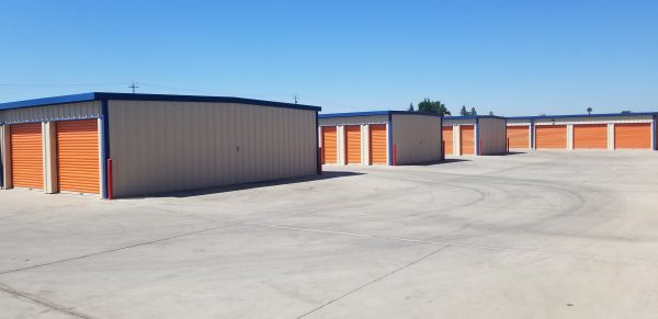 A-American Self Storage - Marks Ave. 2455 N Marks Ave Fresno, CA - Photo 4
