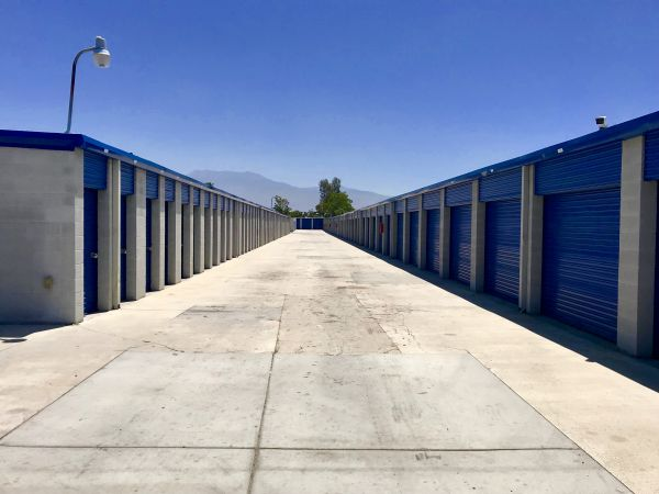 A-American Self Storage - State St. 1220 State St Hemet, CA - Photo 3