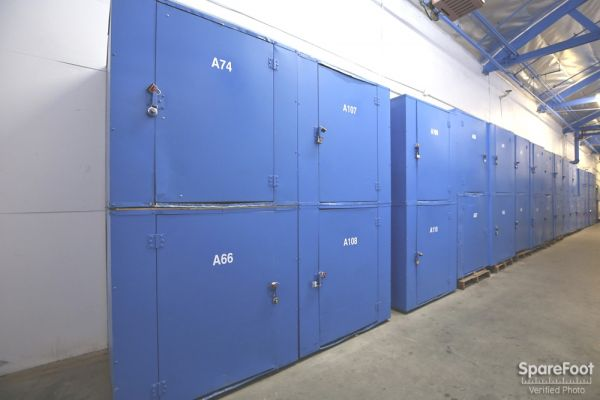 A-American Self Storage - West L A 2300 Federal Ave Los Angeles, CA - Photo 11
