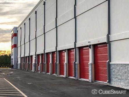 CubeSmart Self Storage - Orlando - 14916 Old Cheney Hwy 14916 Old Cheney Hwy Orlando, FL - Photo 3