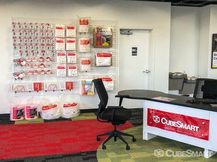 CubeSmart Self Storage - Orlando - 14916 Old Cheney Hwy 14916 Old Cheney Hwy Orlando, FL - Photo 6