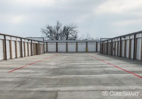 CubeSmart Self Storage - Wylie 570 Country Club Road Wylie, TX - Photo 2