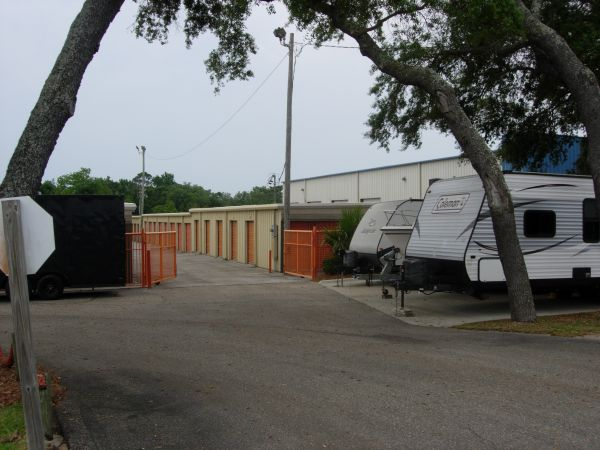 Move It Self Storage - Gulf Breeze 2999 Gulf Breeze Parkway Gulf Breeze, FL - Photo 1