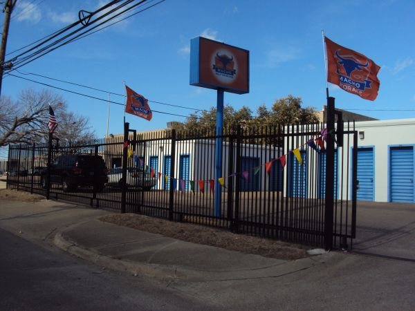 Macho Self Storage - Dallas Willowbrook 2601 Willowbrook Road Dallas, TX - Photo 1