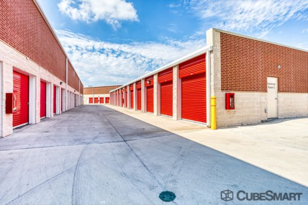 CubeSmart Self Storage - Garland - 1010 Hebron Dr 1010 Hebron Dr Garland, TX - Photo 3